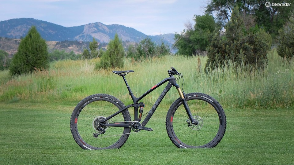 f77a3cd8749 The new Fuel EX 9.9 29 is a much more aggressive trail bike than its  predecessors