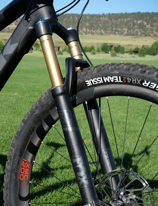 The Fuel EX 9.9 29 has a Fox Float 34 suspension fork 130mm of travel