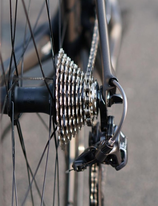 As with the latest Dura-Ace, Ultegra 8000 tucks the rear derailleur tidily under the cassette