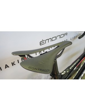 Bontrager's all-new, all carbon 68g XXX saddle make an appearance on the SLR9