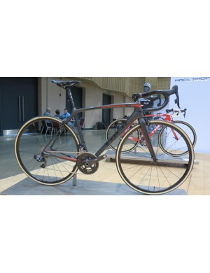 The Emonda SLR10 Race Shop Limited remains one of the lightest production bikes ever made