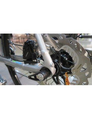 Like the carbon Domane disc the aluminium models also get thru-axles front and rear