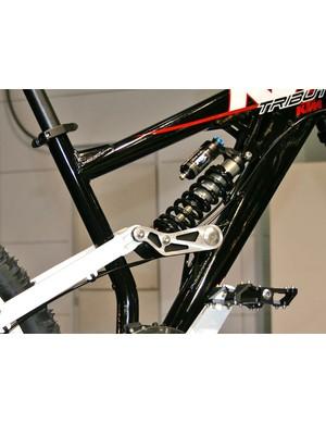 Fox DHX 4.0 rear shock