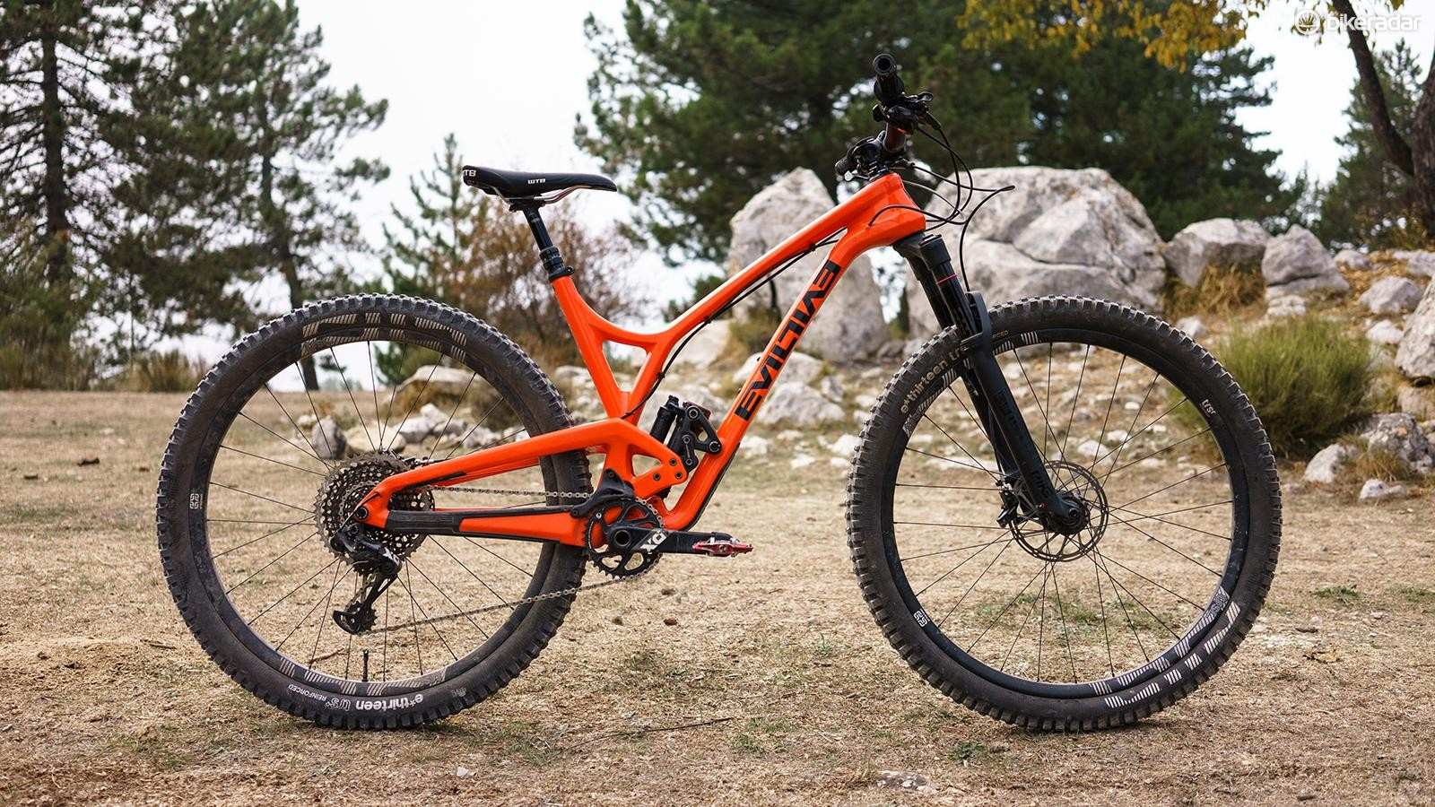 Evil's The Following MB is a super tight package that, despite being short travel, is rowdy on the trail