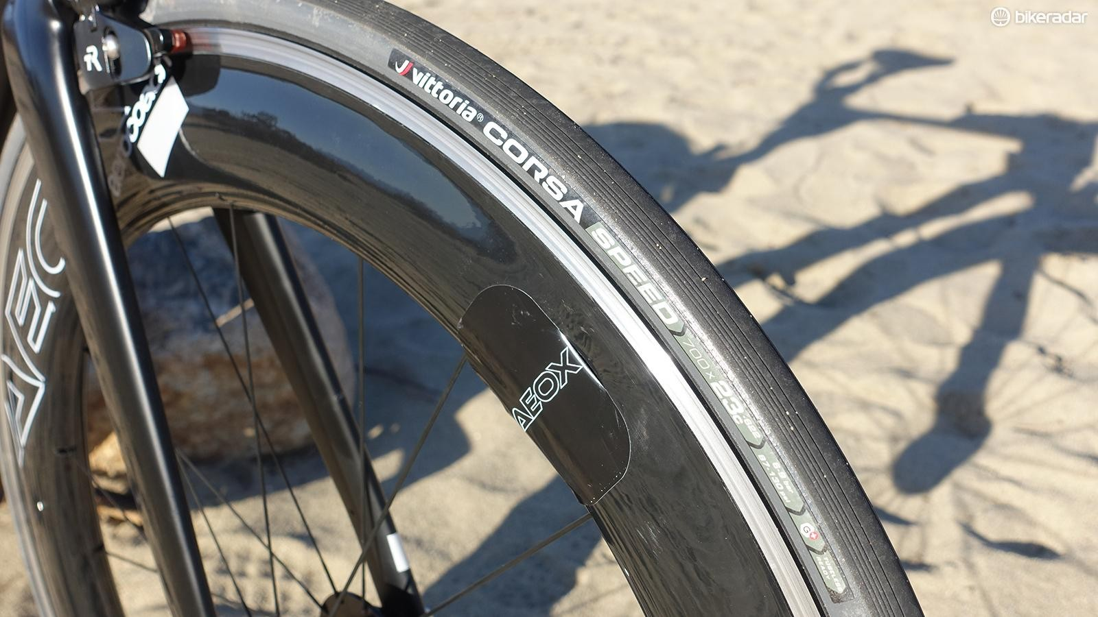 The AEOX wheels are designed around the profile of Vittoria's excellent Corsa Speed Open tubeless tires. On the bumpy roads of Borrego Springs, I ran pressures in the 70psi range
