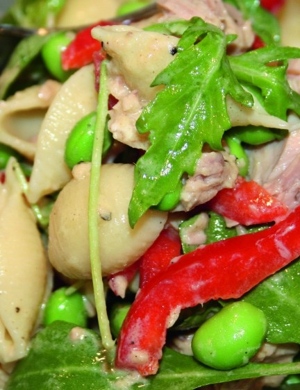 Tuna pasta salad with a twist