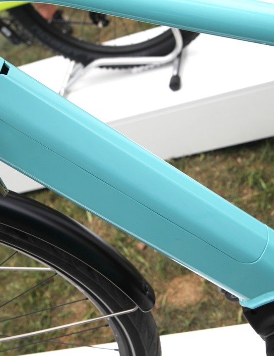 The PowerTube 500 can be integrated in a variety of ways – here, it's accessed from the top of the downtube