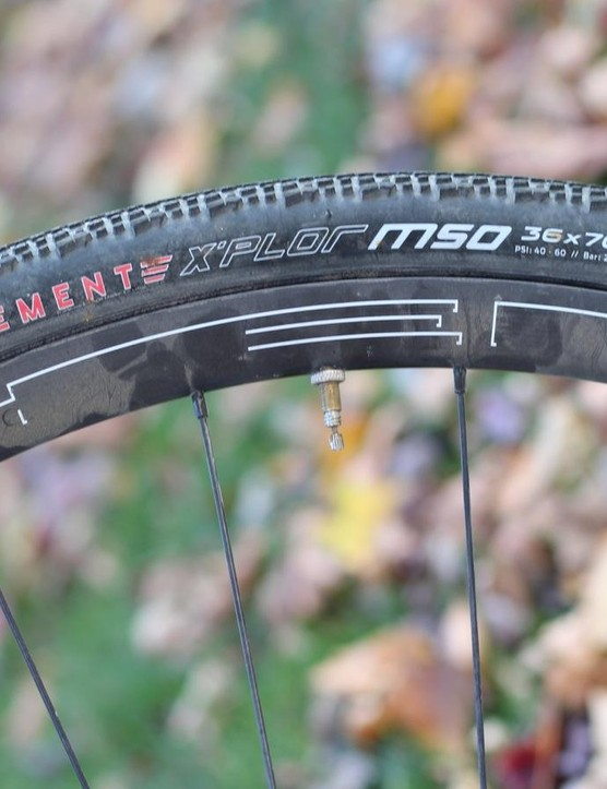 HED Ardennes + wheels, with their wide rim bed, plump up the 36 Clément X'Plor MSO tubeless tires to nearly 38mm
