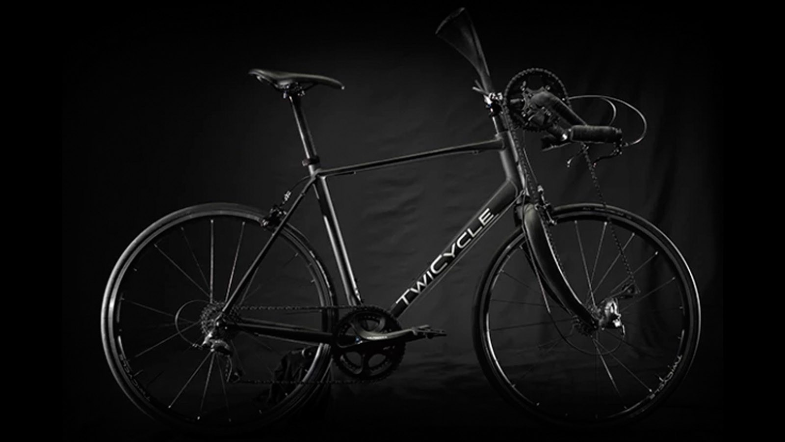 Though we may joke about the Twicycle being silly, it's nearly meet its US$50,000 dollar crowdfunding goal