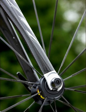 The carbon fork further adds to the sharp handling