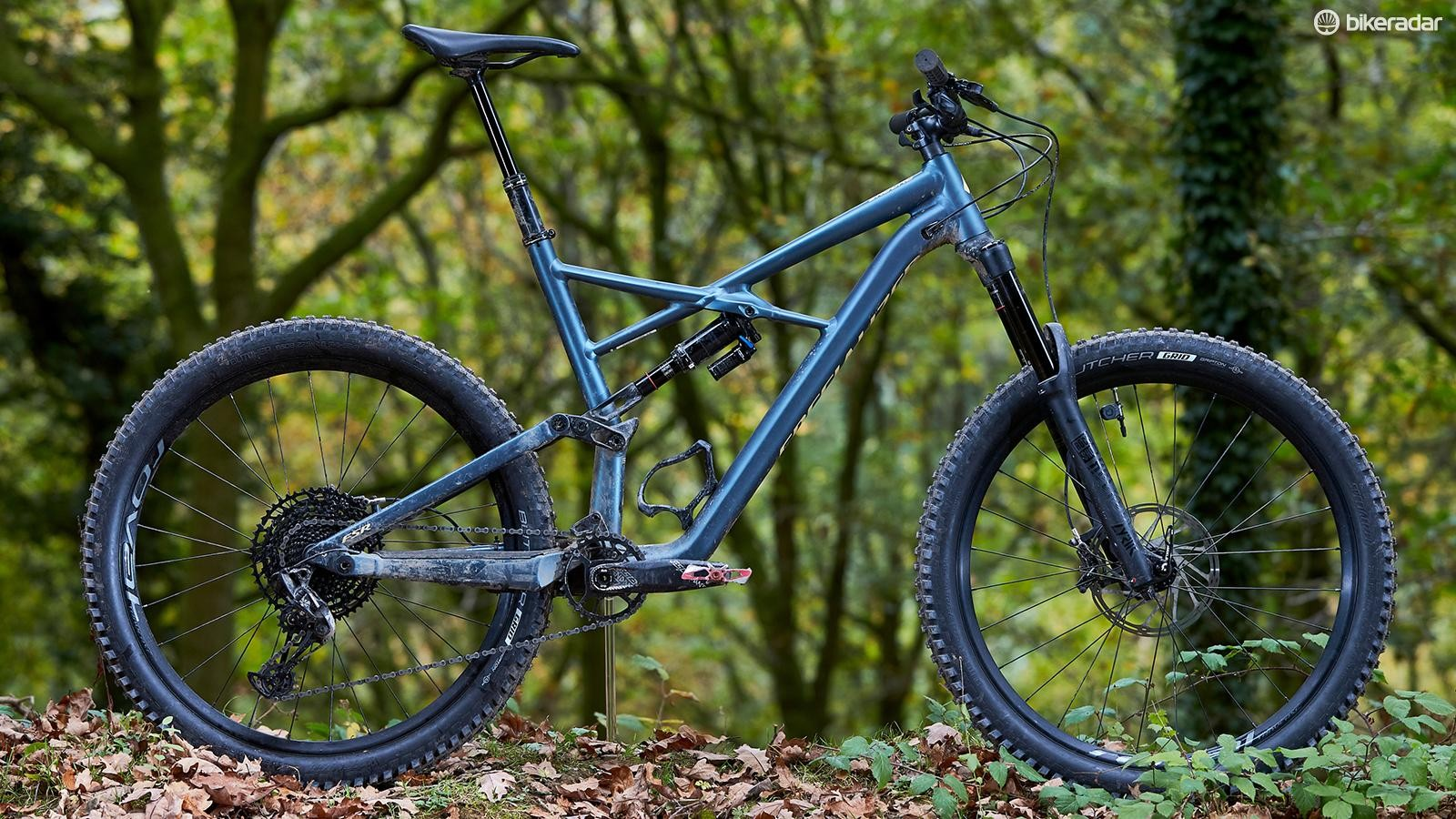 """A Specialized Enduro Comp 27.5 was chosen for its low BB height and clearance to accommodate 2.8"""" tyres"""
