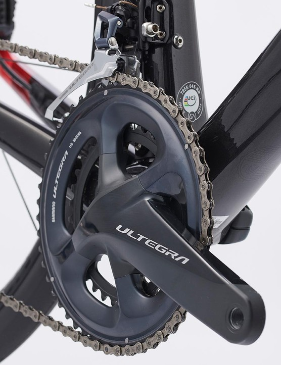The Domane SL6 boasts a full Ultegra 11spd groupset including hydraulic disc brakes