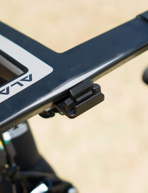 The Stages Dash mount is neatly integrated into the front of the handlebars