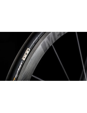 The Ultimate CF EVO 10.0 SL uses tubular Continental Podium TT tyres to save weight
