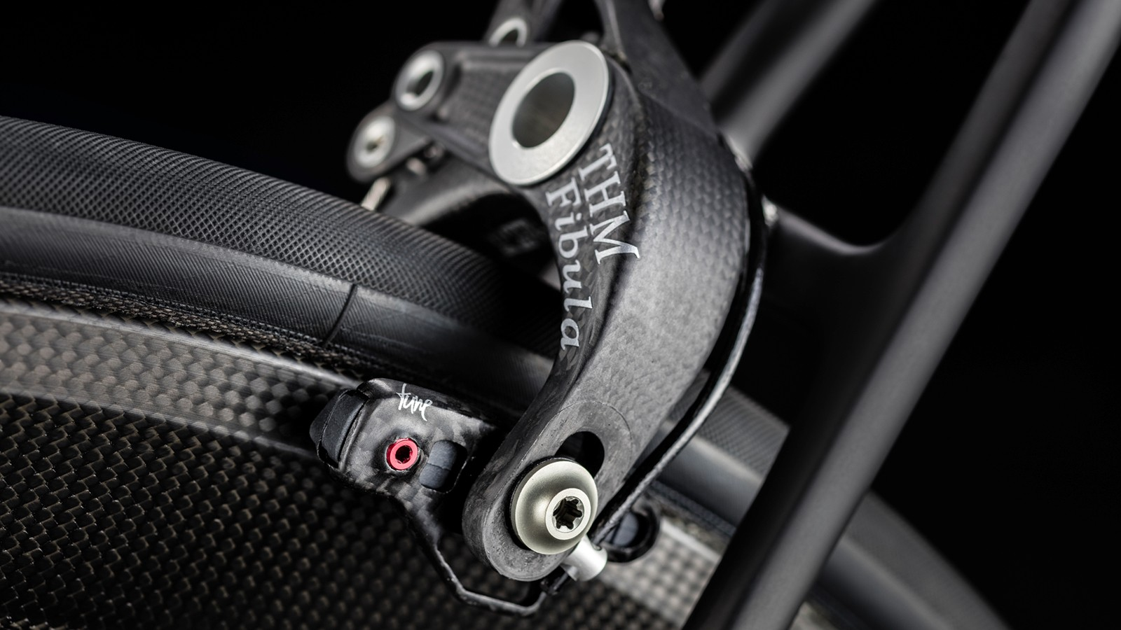 These THM FIbula brakes, matched with Tune brake shoes, are said to weigh a frankly ridiculous 120g per pair