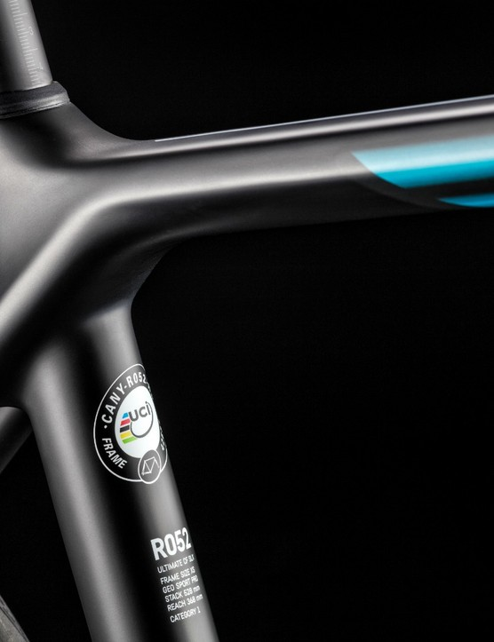 The seat tube has been moved to slightly behind the point where the top tube and seatstays meet, allowing for great flex and therefore comfort