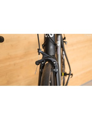 The front brake is a super-stiff direct mount unit