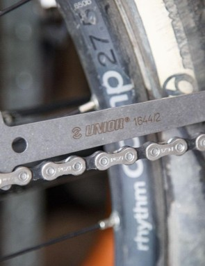 The Unior drop-in chain wear checker is another nice addition. This one offers multiple wear point indicators, something most chain checkers do not