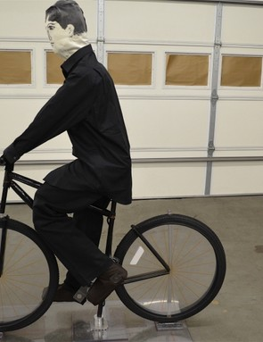 The crash test cyclists are made of light plastic tubes…