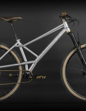 Devinci's YYZ is a modern take on the brand's most unique retro design