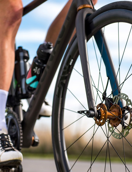 Enve's new disc-specific carbon fork utilises Mavic's Speed Release thru-axle system