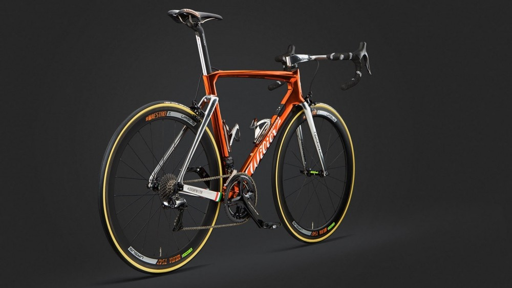 Wilier is celebrating the Giro by reviving its cromovelato ramato finish