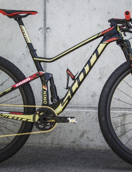 Check out Nino Schurter's new Gold Edition Scott Spark RC 900