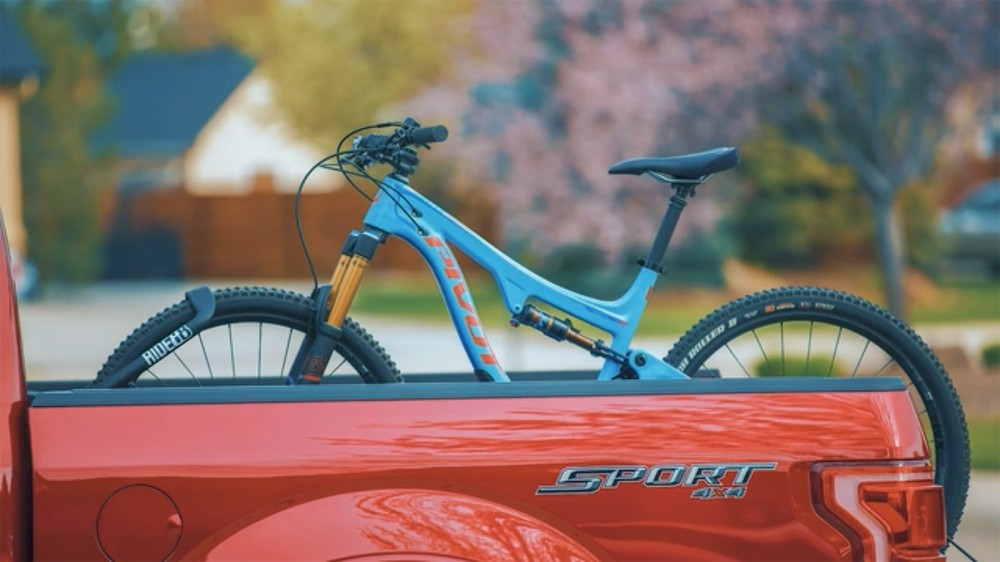 Ride88 has come up with a way to carry bikes upright in a pickup with no drilling or removing of wheels
