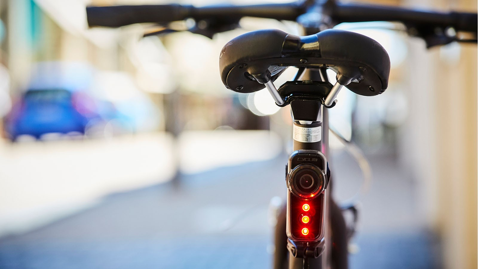 Cycliq has re-upped its camera light combos