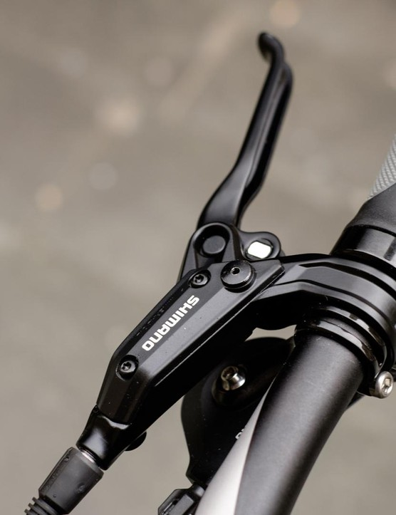 Three finger Shimano hydraulic brake levers are a good choice for leisure riding
