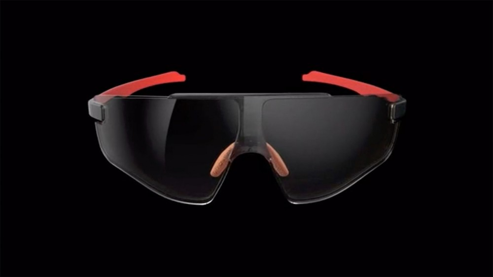 Not only do these sunnies change back and forth in less then a second, they don't need a battery and it's all automatic