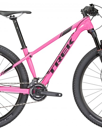 The women's specific Procaliber 6 is almost identical to the men's/unisex version bar the cockpit and saddle. It also comes in a 13.5in frame size