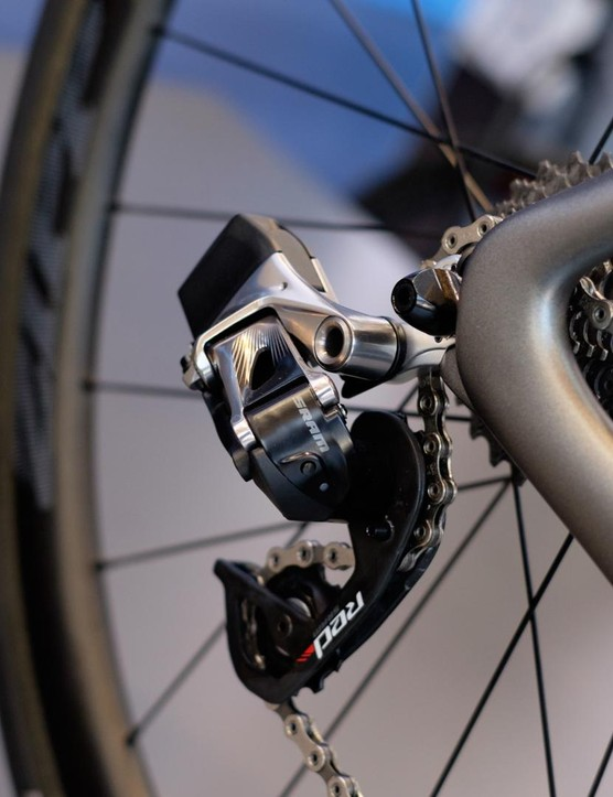 The Aston Martin build also makes use of SRAM's Red eTap wireless transmission