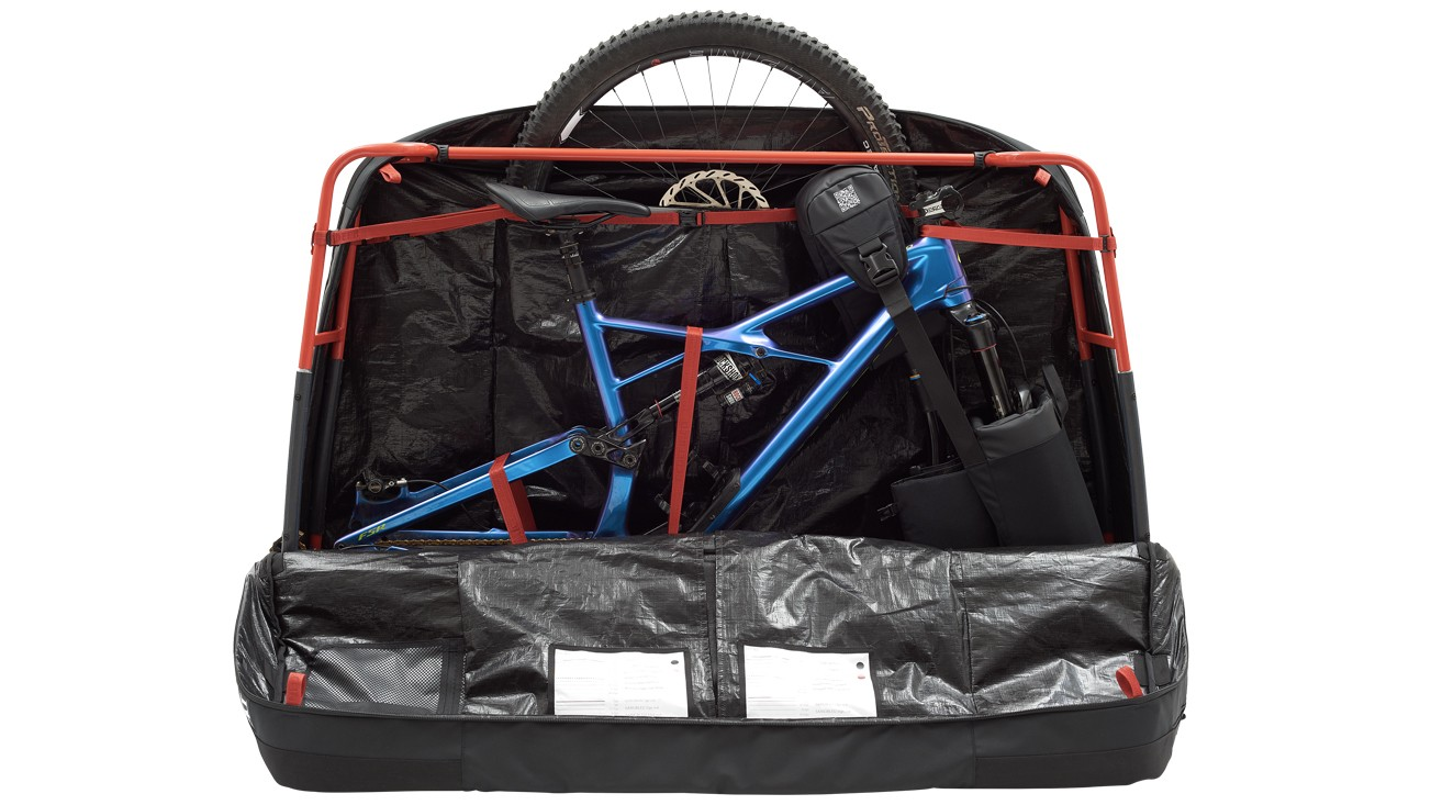 The Savage bike case features separate wheel compartments said to work with up to 29in wheels