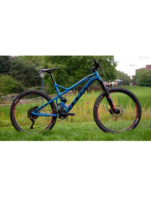 At £3,499, the alloy Foxy R is considerably cheaper than the carbon version of the same bike