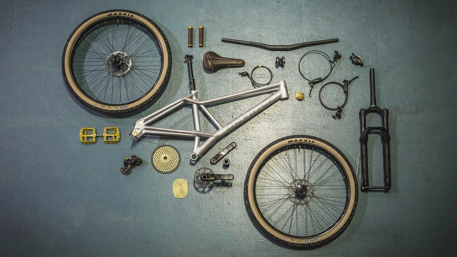 The finishing kit comes from SRAM, Chromag and Maxxis