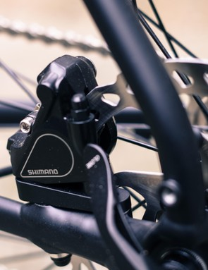 Flat-mount brake calipers look the part