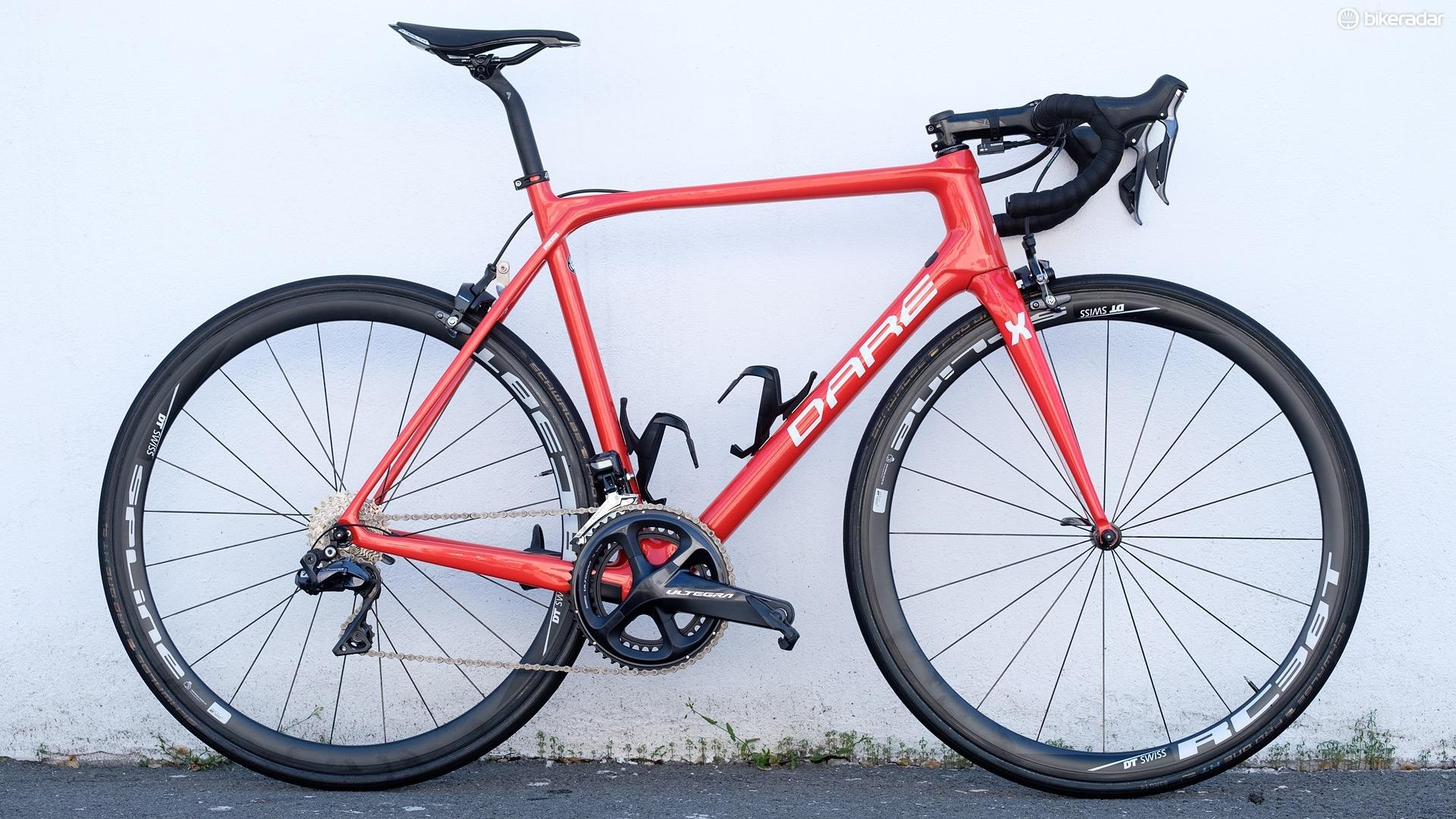 Dare's MR1S is available from €3,059 / $3,199 with a Shimano Ultegra mechanical build. This Ultegra Di2 example would be more like €4,449 / $4,499