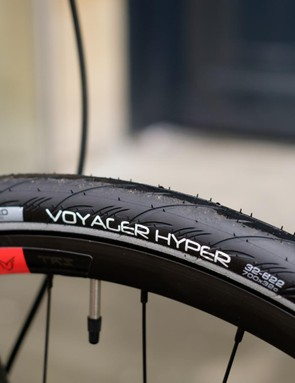 32mm Vittoria tyres are seated on tubeless-ready own brand rims