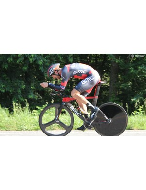 Taylor Phinney en route to his 2016 US national time trial victory - without the sunglass shield on his Giro Aerohead helmet that he started with