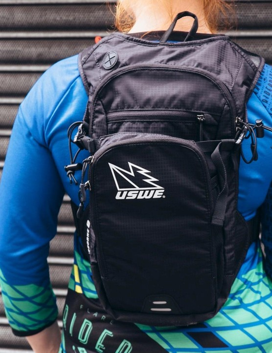 With 3 litres of storage, the Airborne by USWE is a compact pack perfect for trail riding