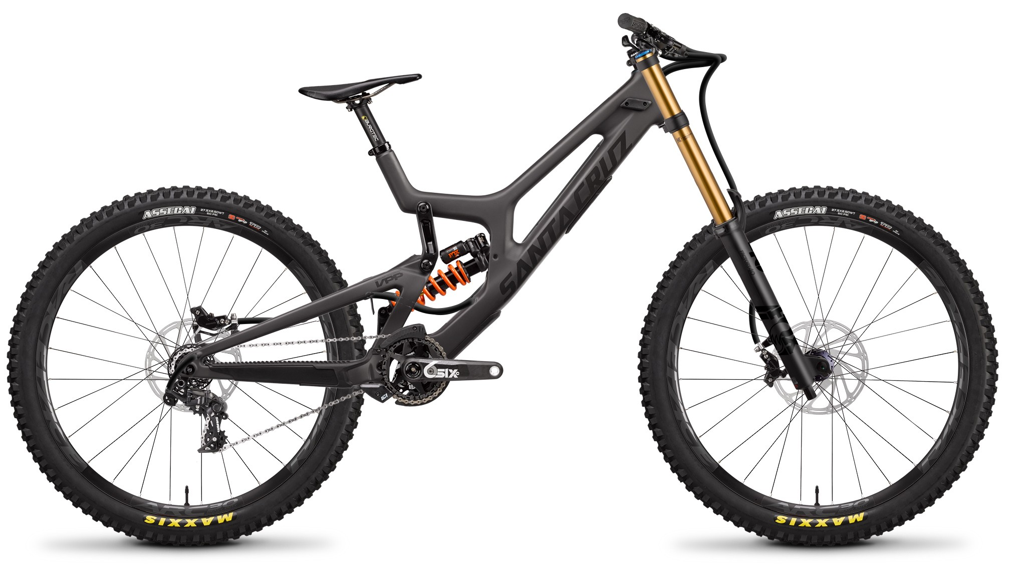 The 650b version shares the same silhouette as the bigger wheeled version
