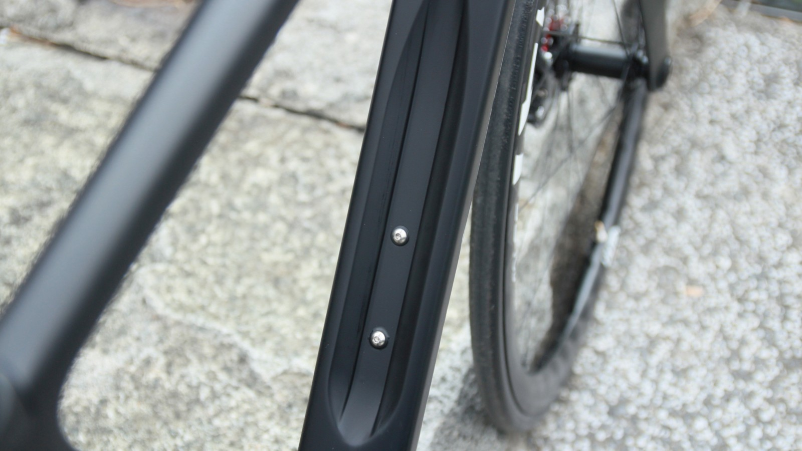 Here's the downtube of the Velocite Syn, with water bottle recess