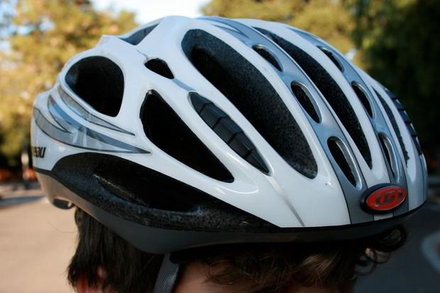 The Louis Garneau Venturi helmet has 25 vents.