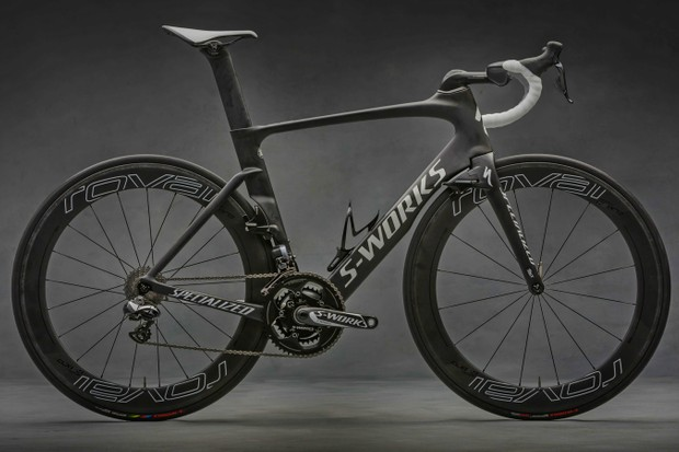 The 2016 Specialized Venge ViAS aero road bike frame with rim brakes is being recalled