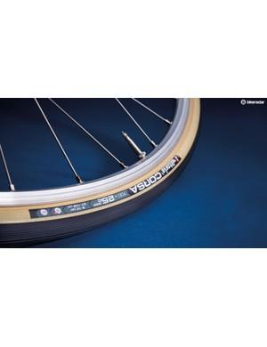 Vittoria Corsa G+ clinchers with gum sidewalls