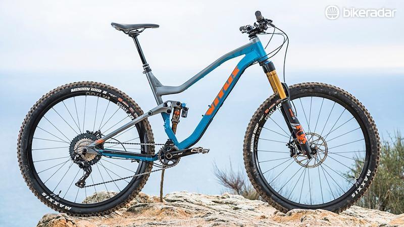 Best Full Suspension Mountain Bike >> Vitus Escarpe 29 Vrx Review Full Suspension Mountain Bikes