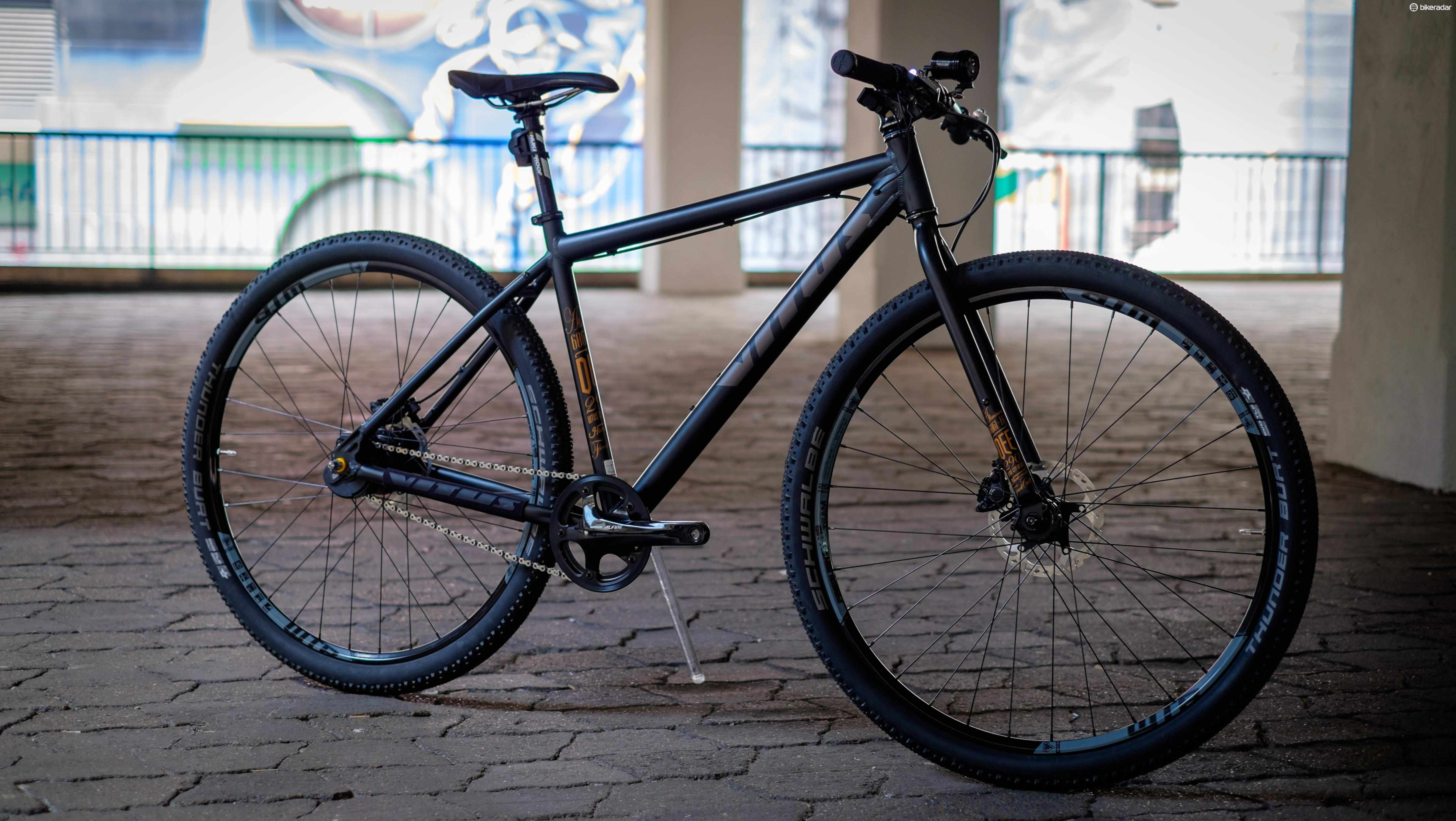 Chain Reaction Cycles' £2,000 super commuter