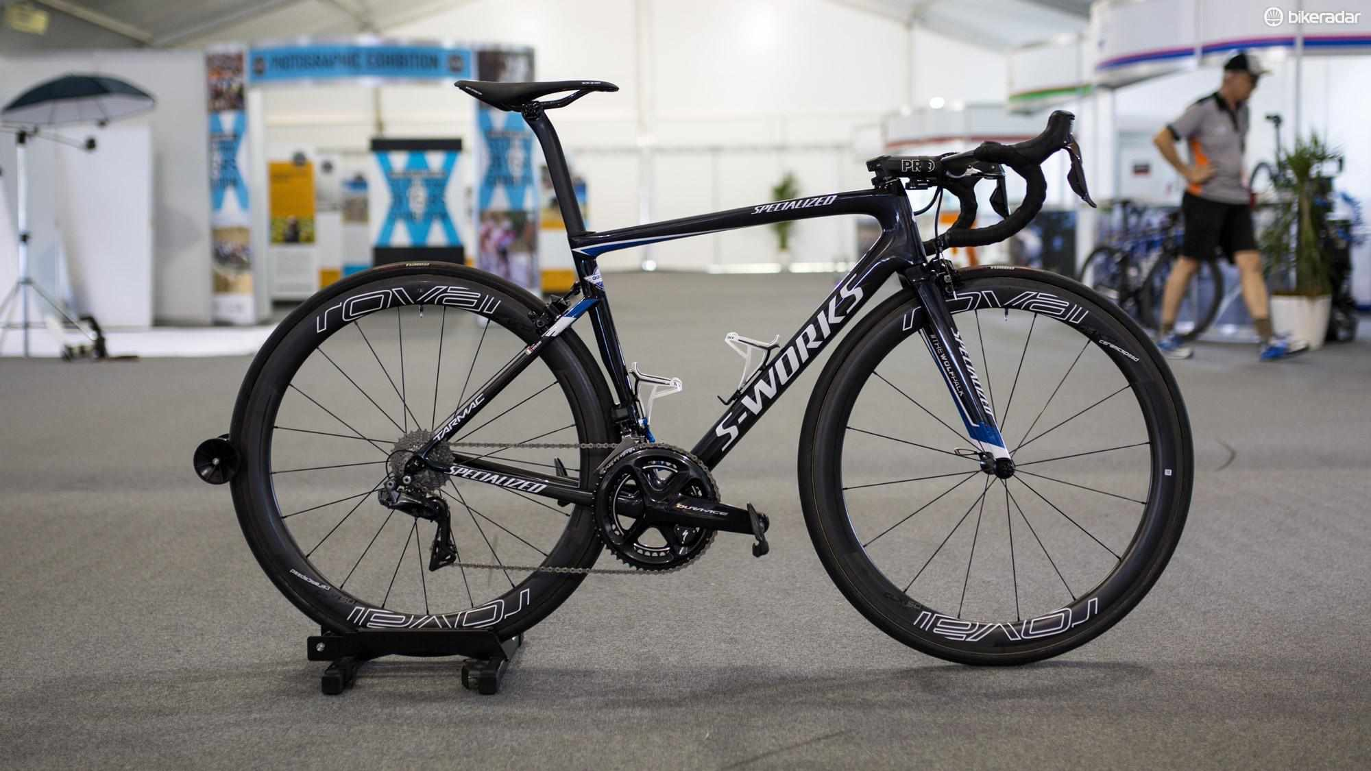 Elia Viviani is on the new S-Works Tarmac SL 6