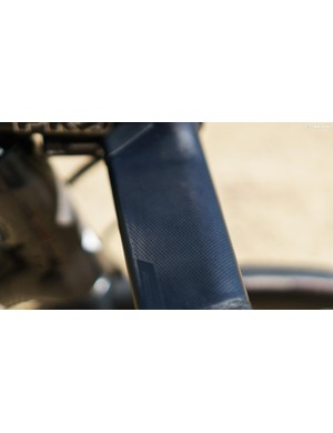 Viviani also runs Aerofly II bars on his Tarmac. These feature small dots on the tops to improve grip and reduce drag.
